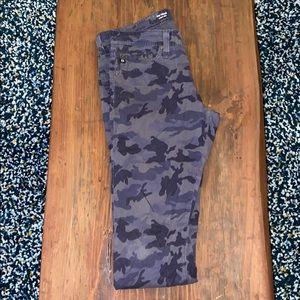 AG Jeans - Tellis. Brushed cotton camo pants